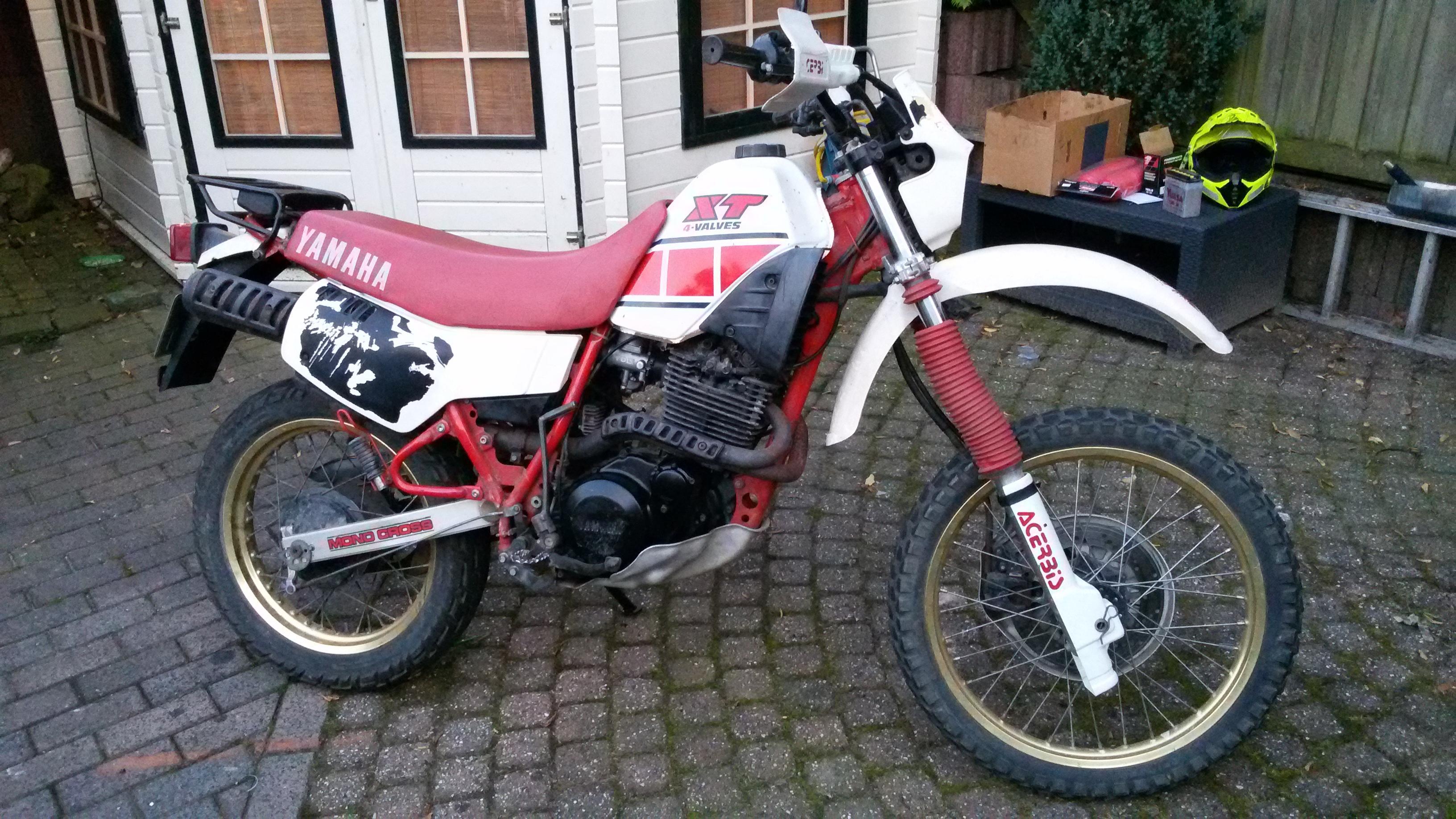 2 stuks Yamaha xt 600  43 F